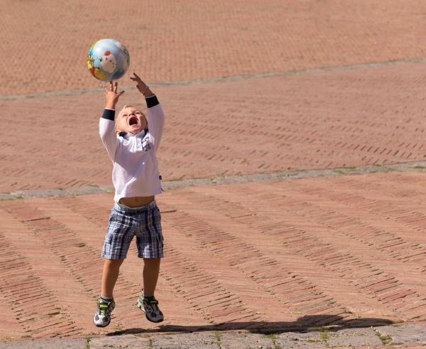 Fun in the sun by SteveOh