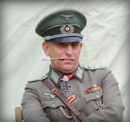 Herr Kapitan