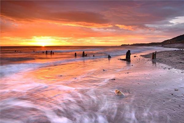 Sandsend Dawn by phil99
