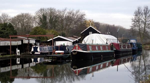 Mills Boat Yard by Peteward