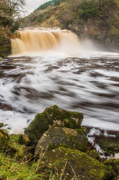 Crammel Linn Northumberland by icphoto