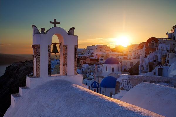 Santorini sunset by mpnuttall