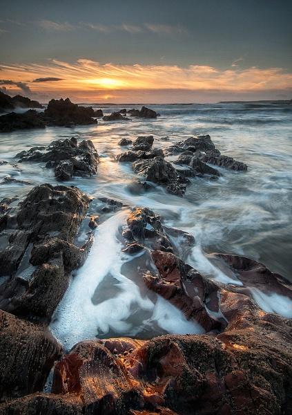 Challaborough Sunset by ilocke