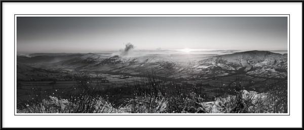 Sunrise over Mam Tor Ridge by Charlie59