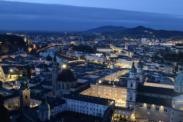 Salzburg at dawn by FloKl