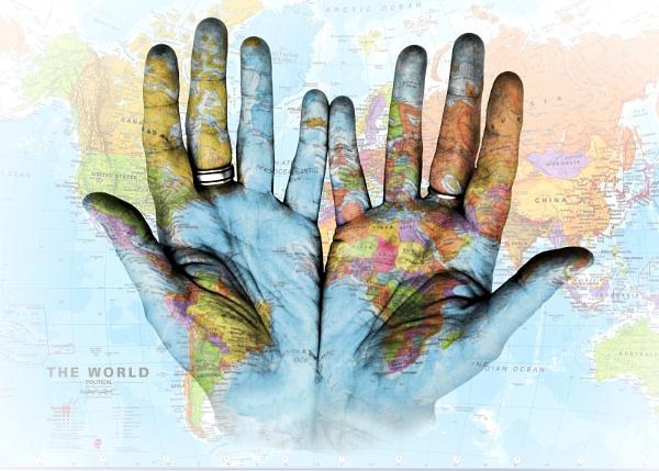 World hands by lukara