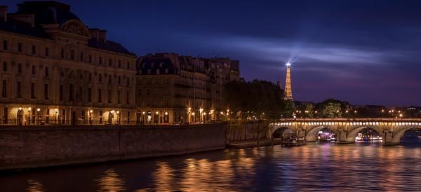 The Seine by fossie1955
