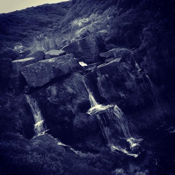 Bronte Falls by josephwiseman11