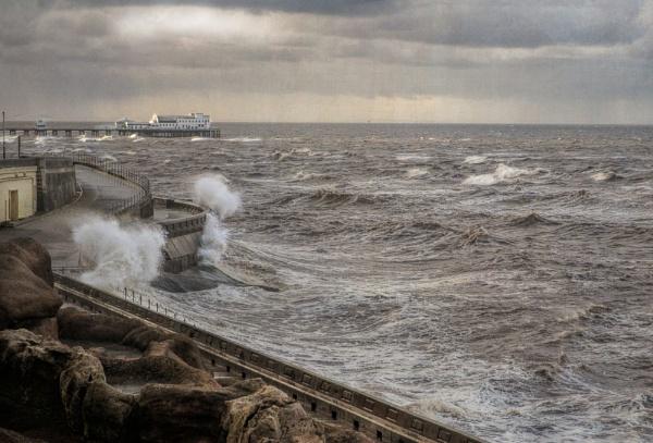 Stormy Seas by WeeGeordieLass