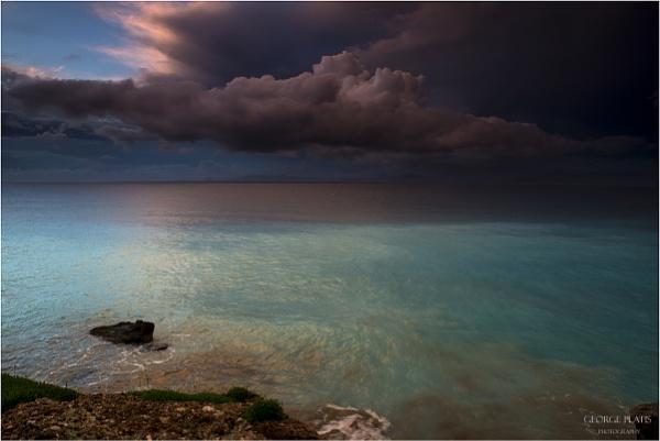 Threatening sky by GeorgePlatis