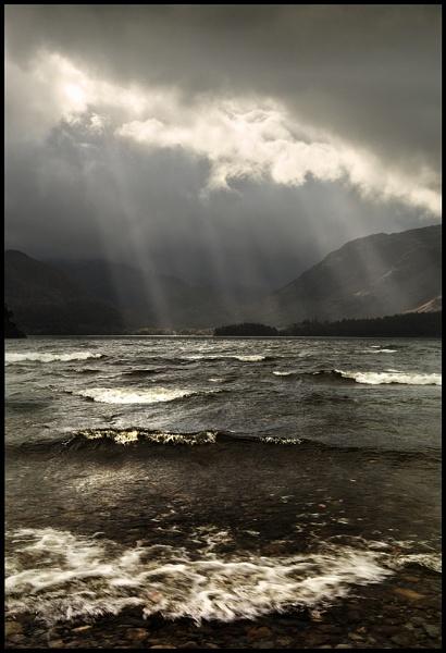 Derwent Lightshow. by Niknut