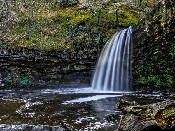 Sgwd yr Eira Falls by Jazzyjack