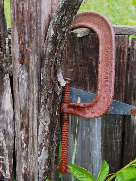 RUST #4:  A Rusty C Clamp by handlerstudio
