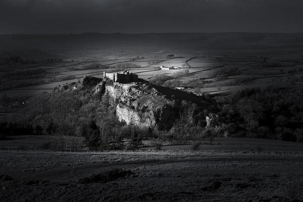 Carreg Cennen Castle by Alan_Coles