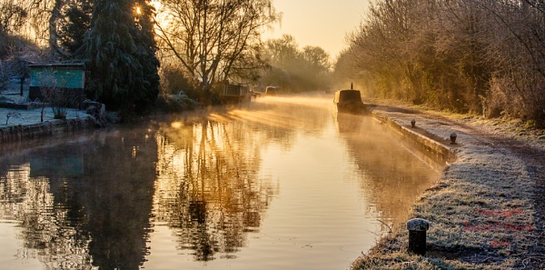 Sunny Winter Day at the Grand Union Canal Harefield by David Harris by Beardedwonder2009