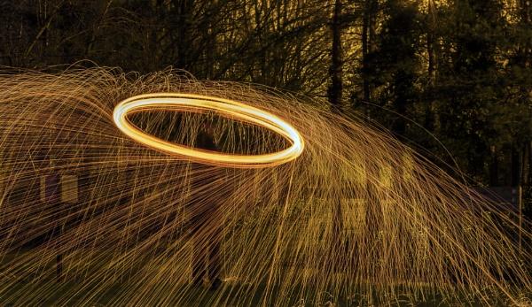 Sparks by bobbinio