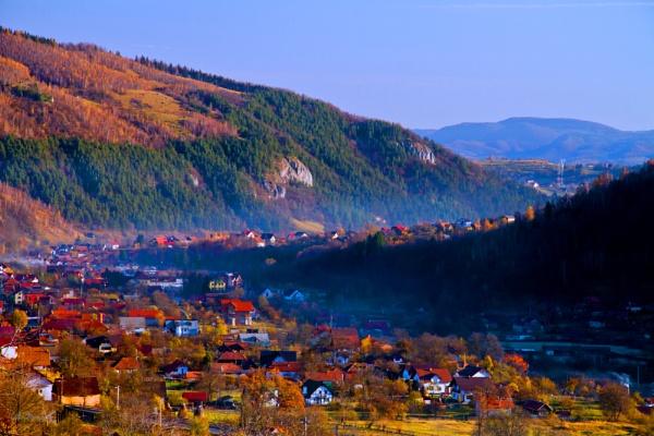Rucar-Bran Valley by calinutz78