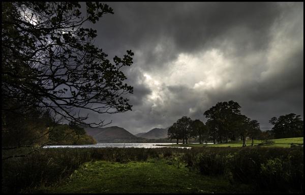 Moody Derwentwater. by Niknut