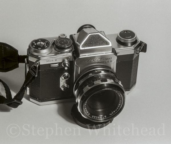 Edixa-Mat with f2.8 Schneider Xenar lens by WstepheN