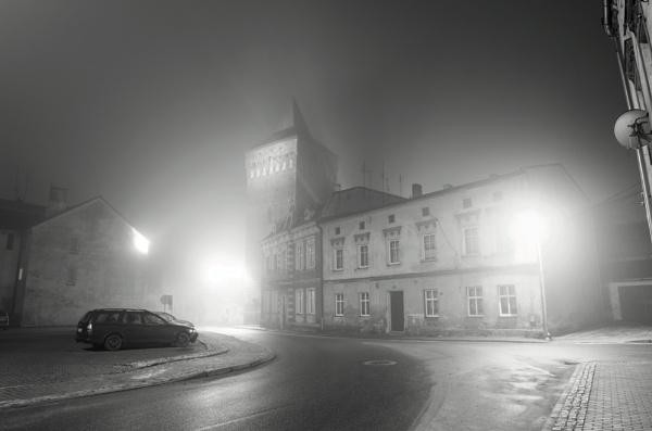 Night fog. by Oxygenum