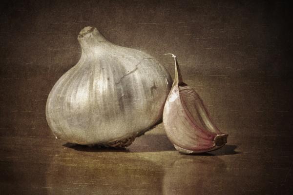 A study in garlic by Flymoman