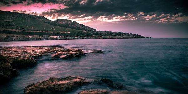 Gnejna Bay by Sgtborg