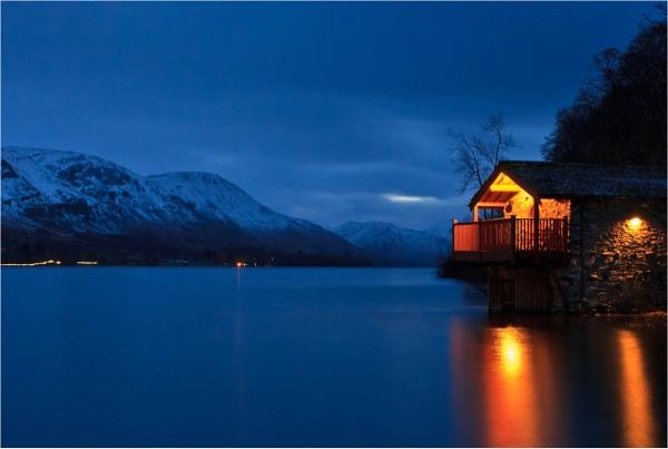 Light on the Lake by MrBlueSky