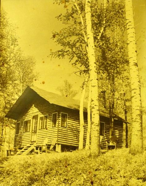 Cabin  sunny memory by tonyguitar