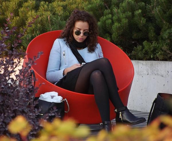 Go away, I\'m reading. by kazeva