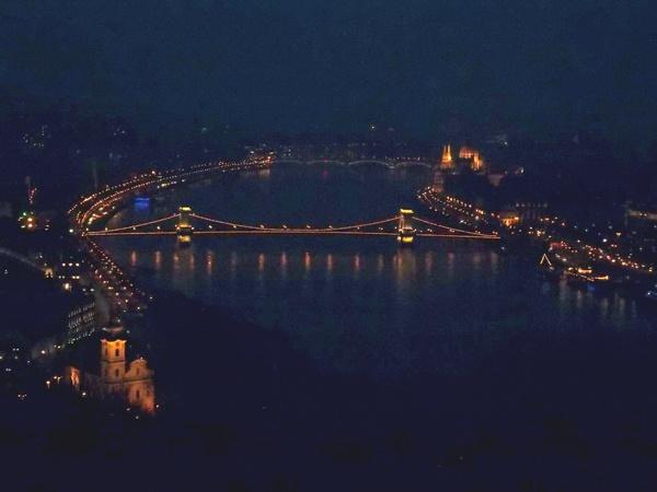 The Chain Bridge in evening-light