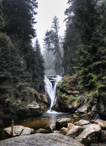 Szklarska Poreba Waterfall by karlfox