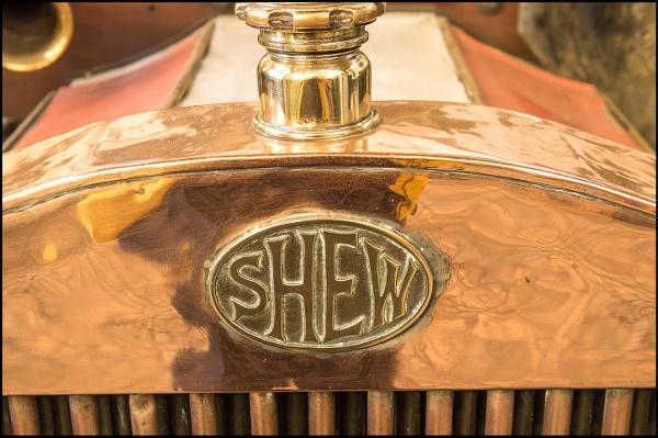 SHEW by JawDborn
