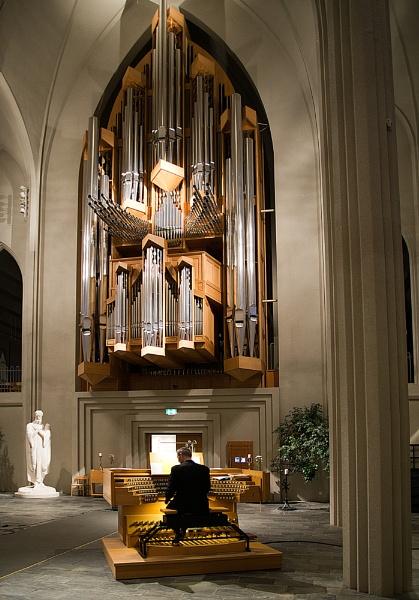 Church Organ by Gavin_Duxbury