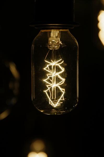 Cragside bulb by ikett