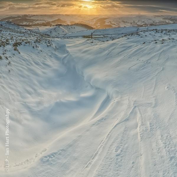 Winters warmth by ArtyArt
