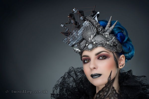 Kitty with Hysteria Machines headpiece by Jack_Schitt