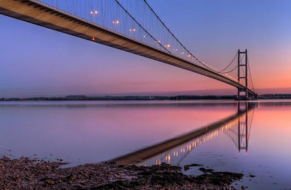 Humber Bridge dusk by oddlegs