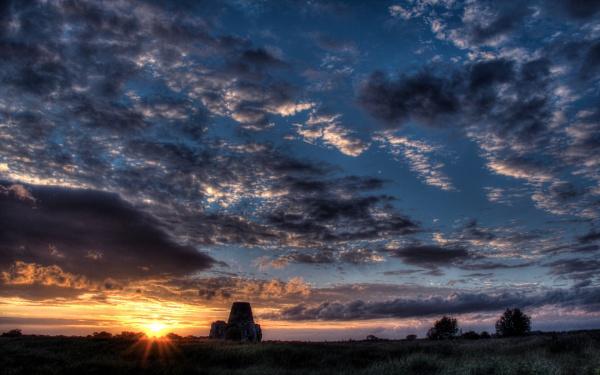 St Benet\'s Evening Light by photododger