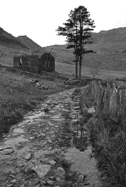 Capel Cwm Orthin by G_Hughes