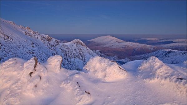 Snowdonia Alpenglow by MrBlueSky