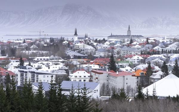 The coloured buildings in Reykjavik by pdunstan_Greymoon