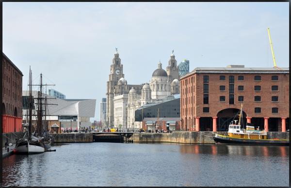 liverpool liverbuilding docks by mrtower