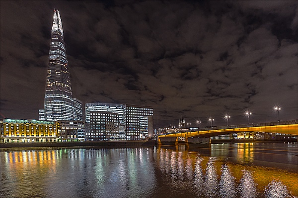London At Night 2 by koiboy