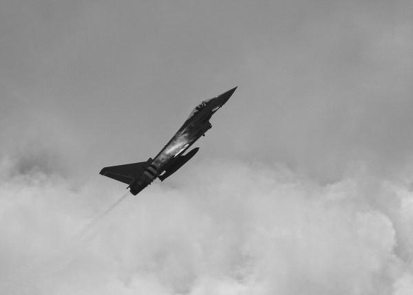 Typhoon making a little cloud by lawbert