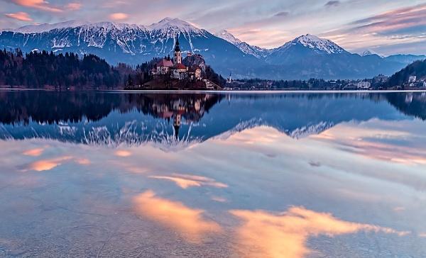 Morning Glory by Jasper87