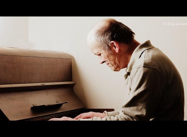 "\""Play It Again, Sam\"" by kaz1"