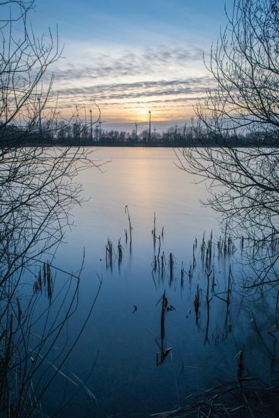 Sunset Lake by phonocar
