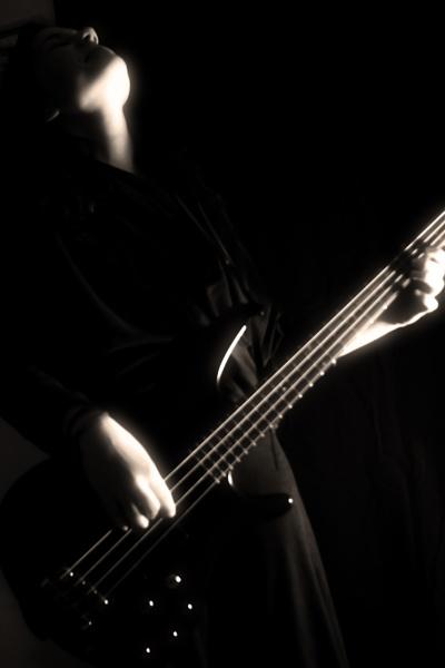 Bassist 2 by derrymaine