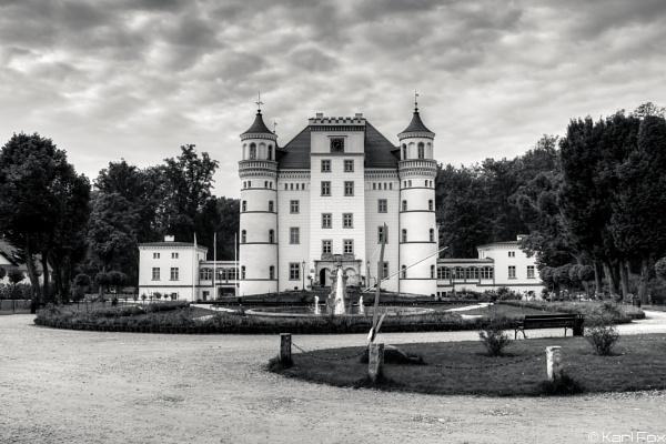 Fairytale Palace by karlfox