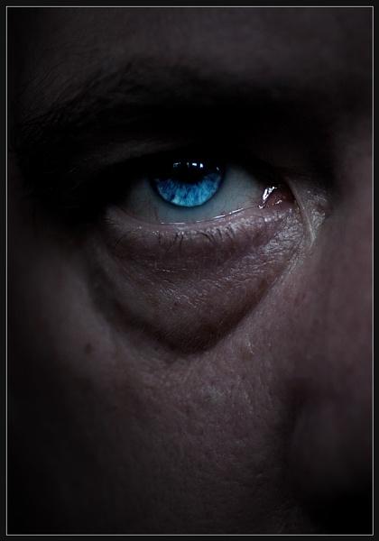 Eyewitness? by Morpyre